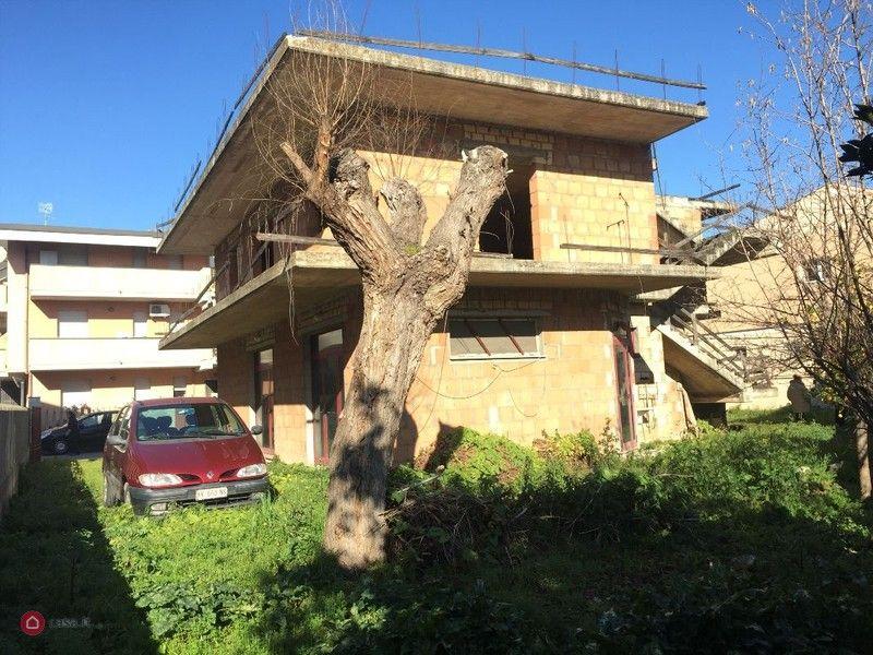 Casa indipendente in vendita in via tintoretto 3 a silvi for Case in vendita silvi marina